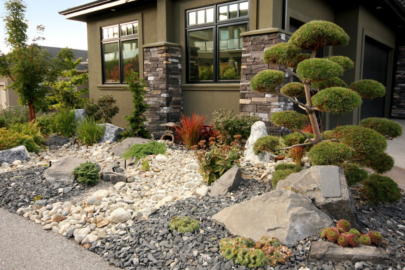 landscaper for Hard Scapes