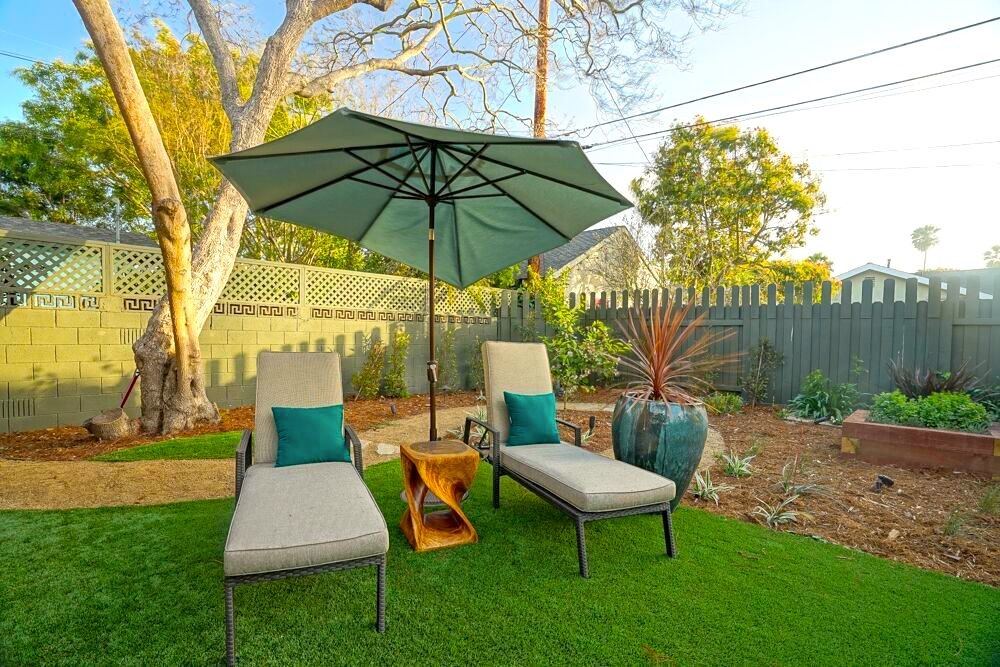 landscaper artificial turf. landscaper hard scapes. landscaper drought  resistant. landscaper Los Angeles. landscaping design - Top Landscaper Los Angeles Contractor Green Republic Landscapes